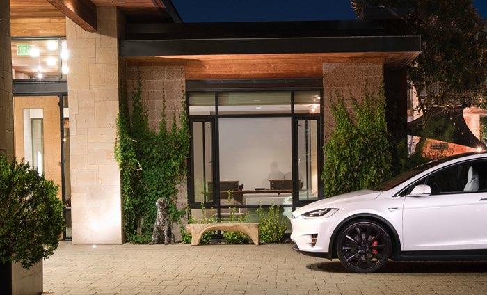 Akcje giełdowe Tesla Motors 2016